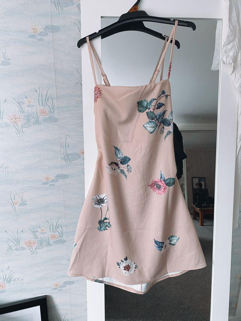 Fav dress I've ever owned - flowery, mini