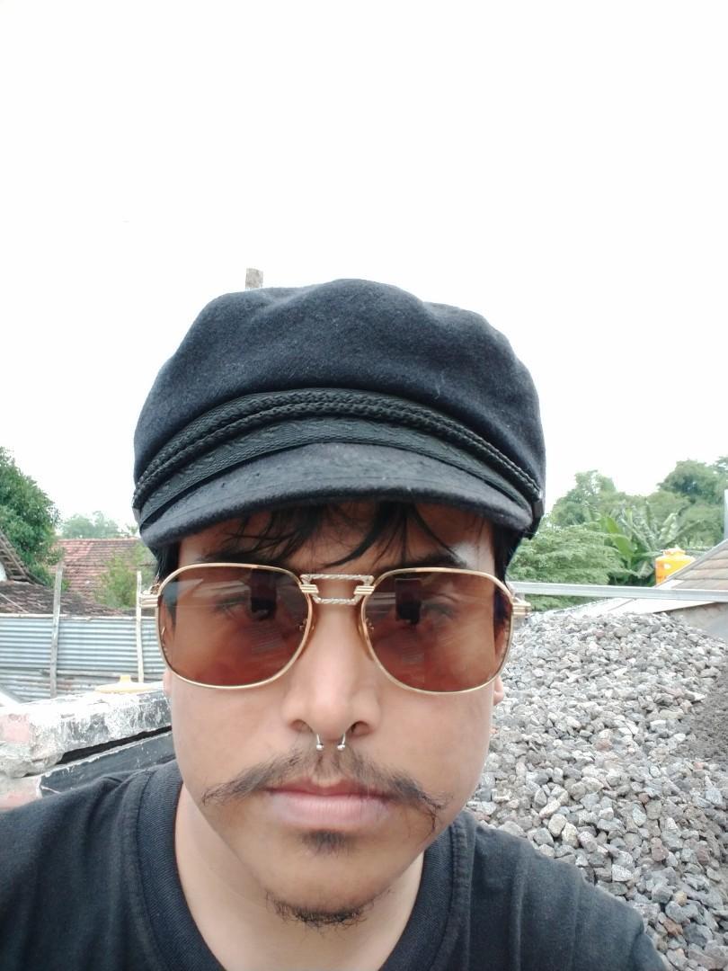 Vintage Sunglasess 80s/John Lennon Vintage Sunglasses Brand: Friend Paris/Cap Horn  22KGP
