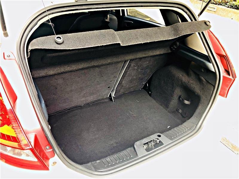 小曾車庫 - 2013年 Ford 福特 Fiesta