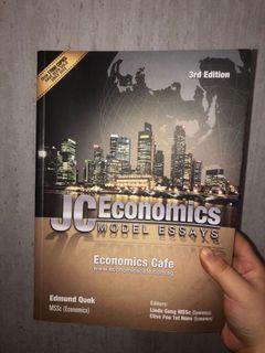 economics model essays