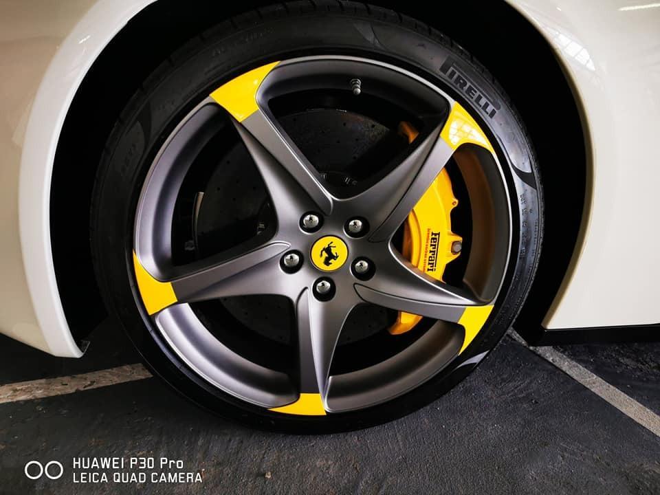 Ferrari FF 2011  Auto