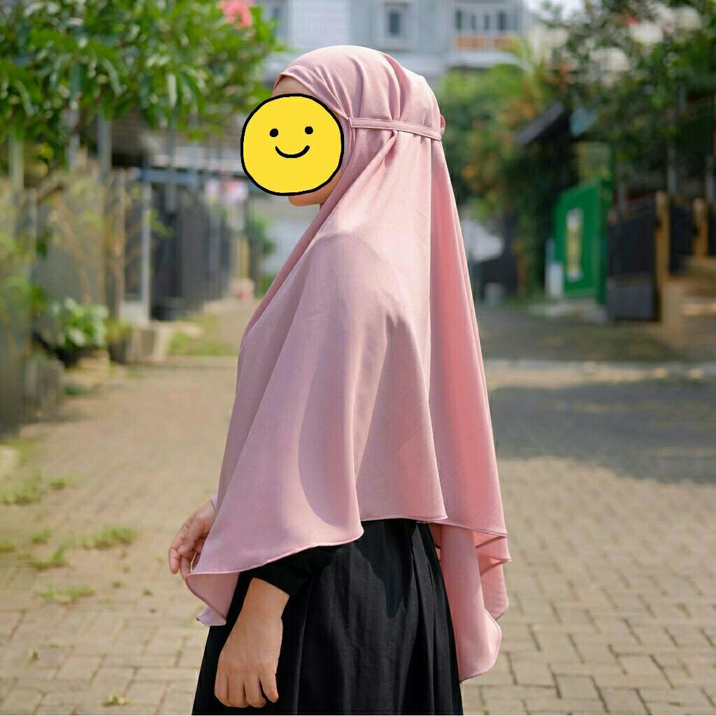 Jilbab Kerudung Khimar Hijab Bergo Panjang Peach Fesyen Wanita Muslim Fashion Syal Di Carousell