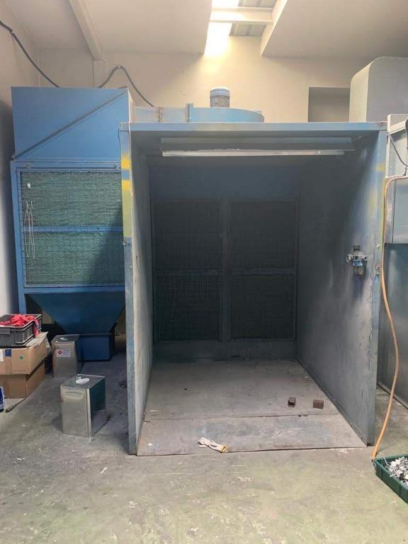 powder spray booth, powder coating booth, powder paint chamber
