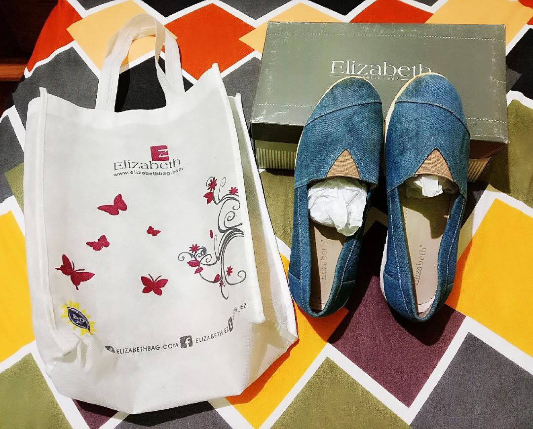 Sepatu slipon merk Elizabeth original model Denim Jeans size kaki no 38 kondisi barang Bagus