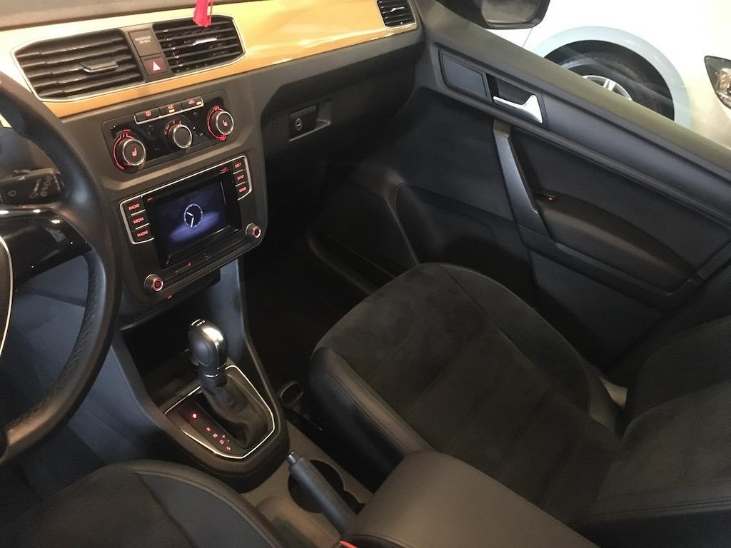 2018 Volkswagen Caddy Maxi 2.0 TDI 黃金豪華特仕版··羈皮座椅內裝·只跑三萬公里