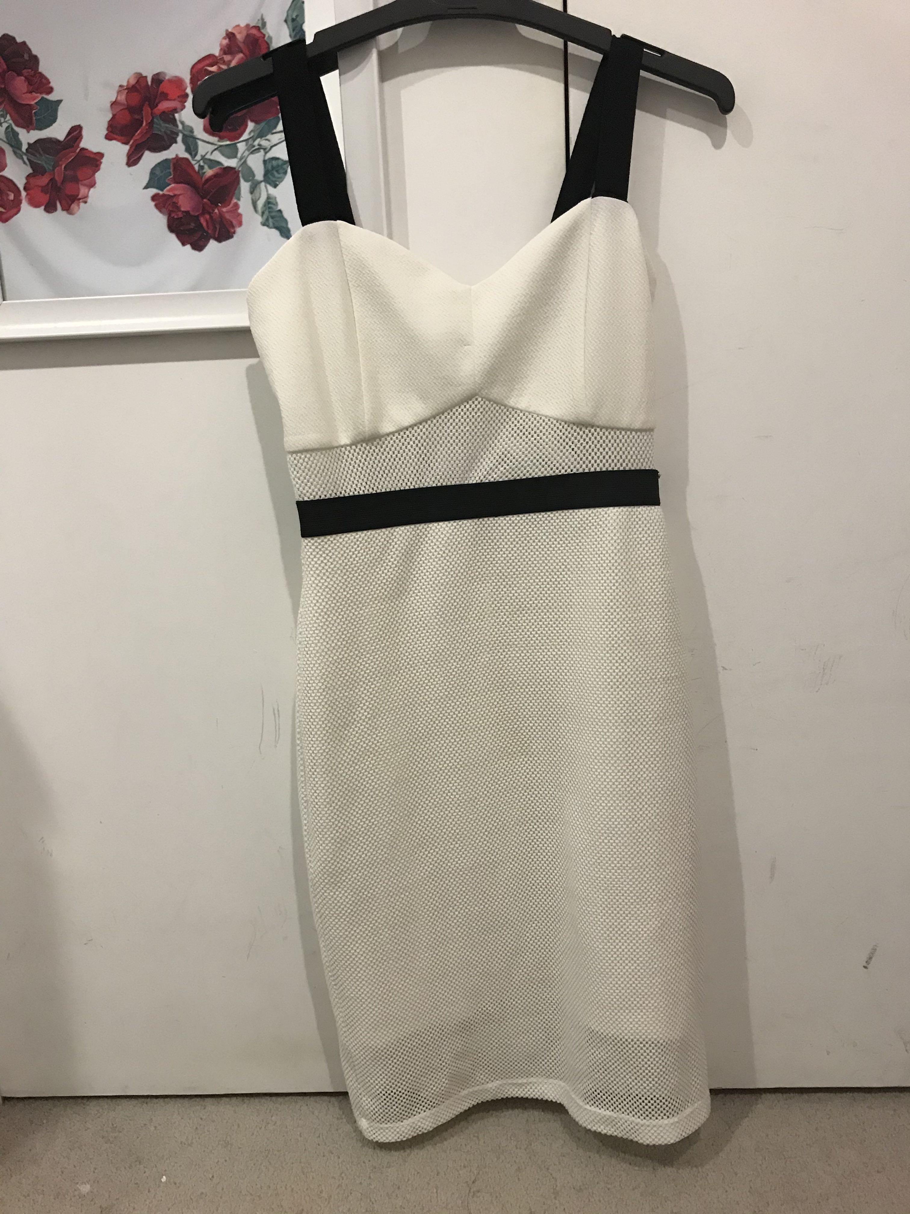 Lippy - White dress w/ mesh detail