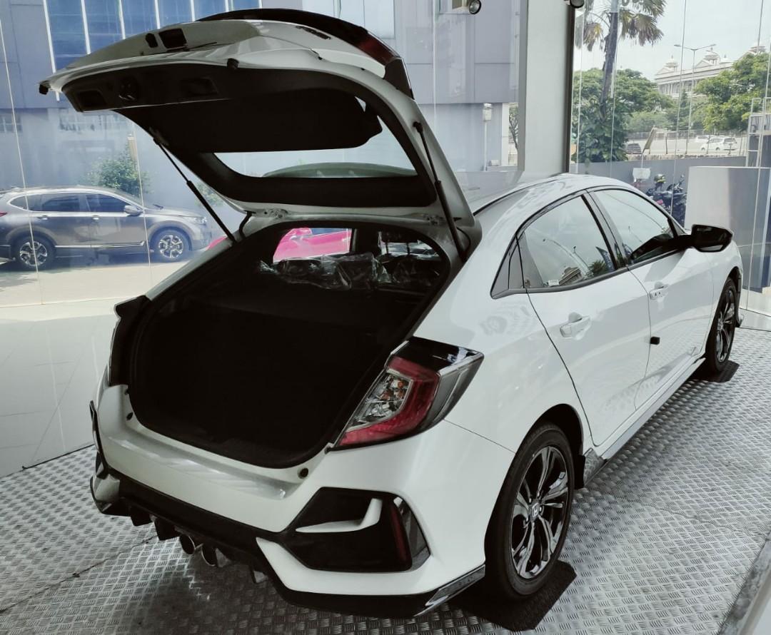 2020 Honda Civic Hatchback RS Pemesanan Di Rumah Aja