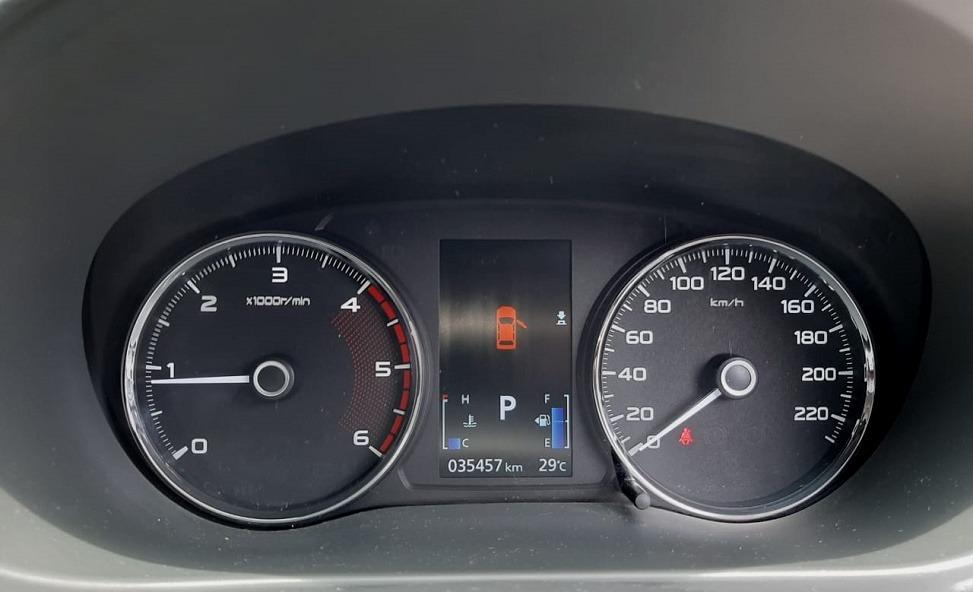Mits. Pajero Sport Diesel DAKKAR LIMITED AT Diesel 2016 Hitam,Power Back Door,Km 35 Rb