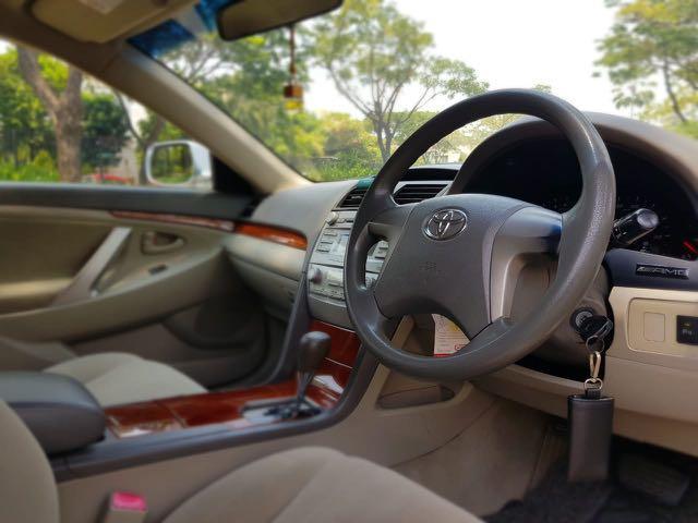 Toyota Camry 2.4 G AT 2007,Mewah Dengan Dana Minimalis
