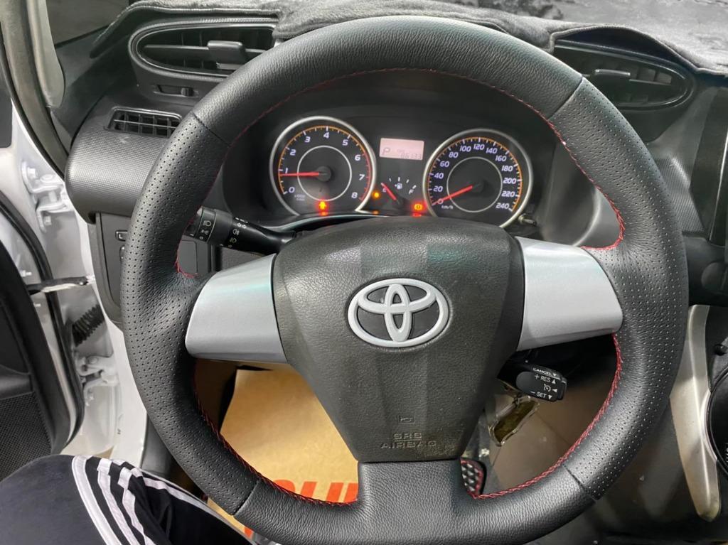 2010 Toyota Wish 2.0