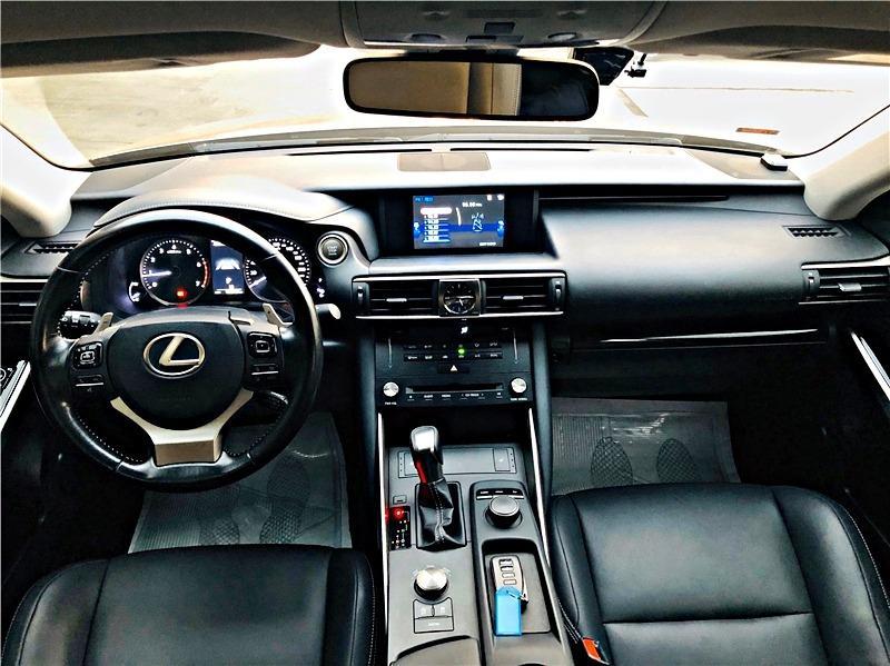 小曾車庫 - 2017年 Lexus 凌志 is250
