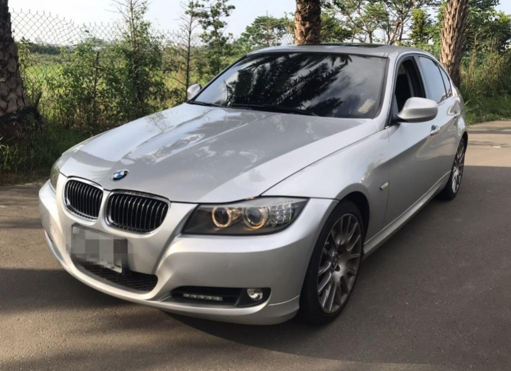 BMW 2010 323I