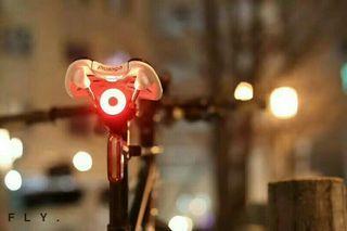 ENFITNIX Xlite100 智能感光剎車尾燈(座墊款 / 座管款)