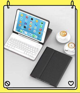 iPad Pro 11 Smart Keyboard Case with Pencil holder