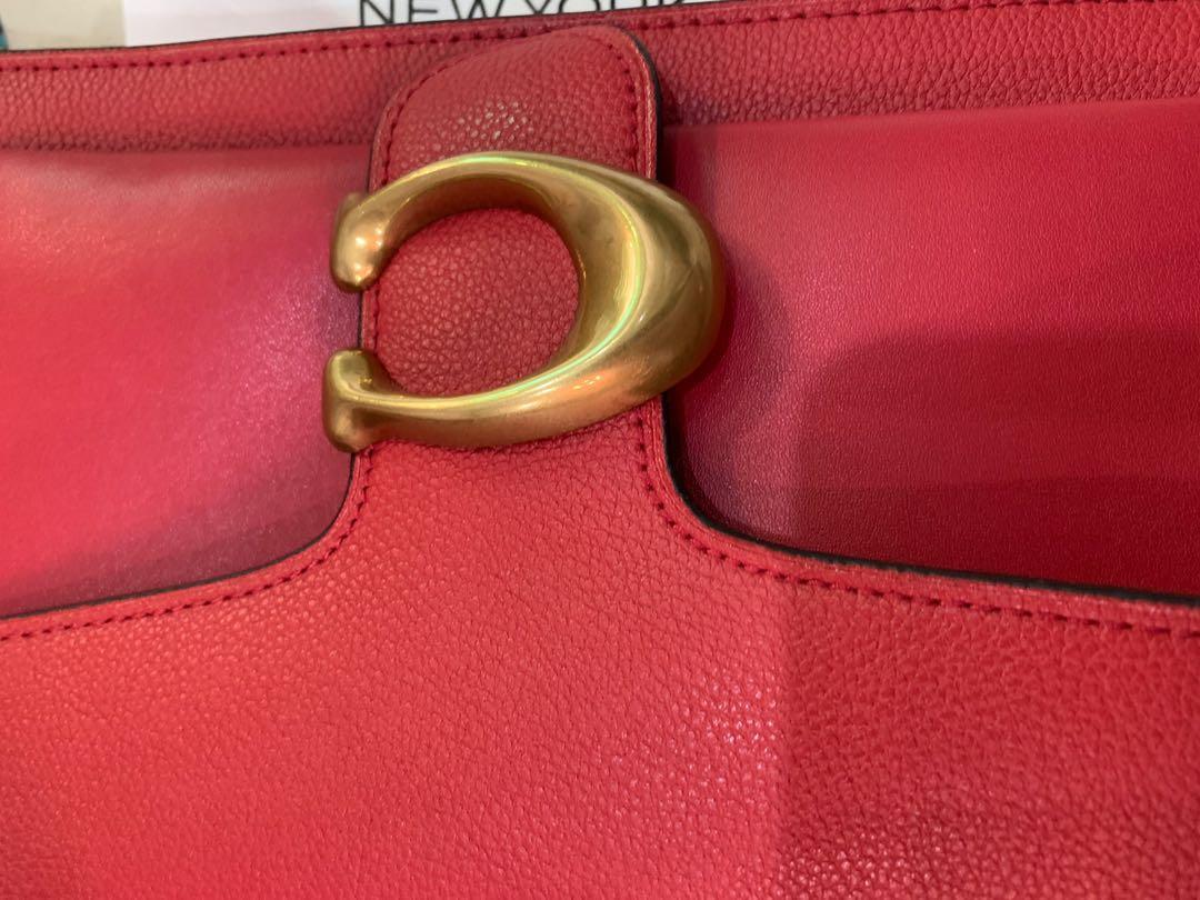 Ready Stock original coach 73995 women sling crossbody bag handbag  in chilli red