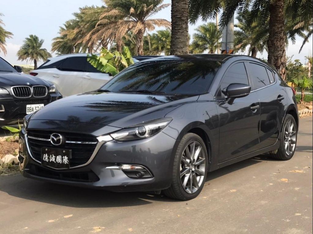 2017 Mazda 3 5D 2.0