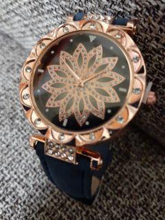 典雅風格時尚女錶😎古銅色錶框
