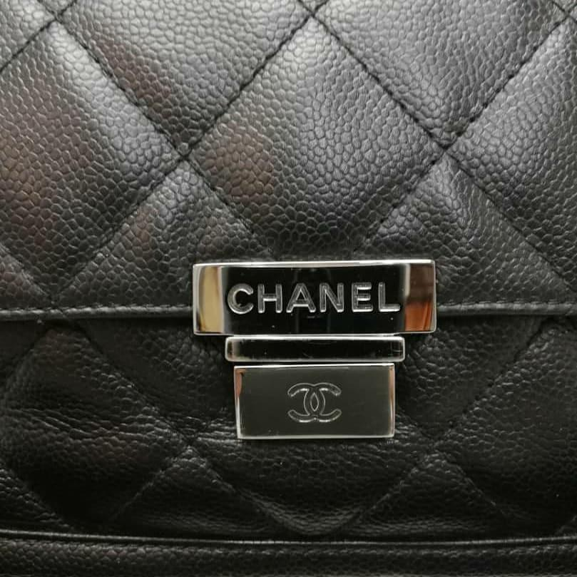 AUTHENTIC CHANEL BLACK CAVIAR LEATHER FLAP BAG - SILVER HARDWARE - CLEAN INTERIOR - WITH AUTH CARD - (CHANEL FLAP BAGS NOW RETAIL AROUND RM 20,000+)