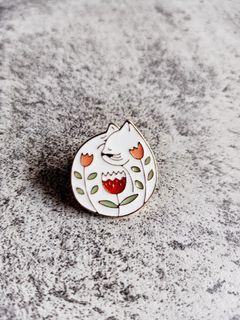 Cat 02 enamel pin