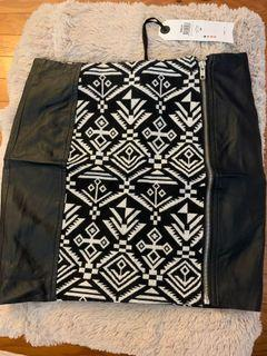 High waisted skirt 34 with tags