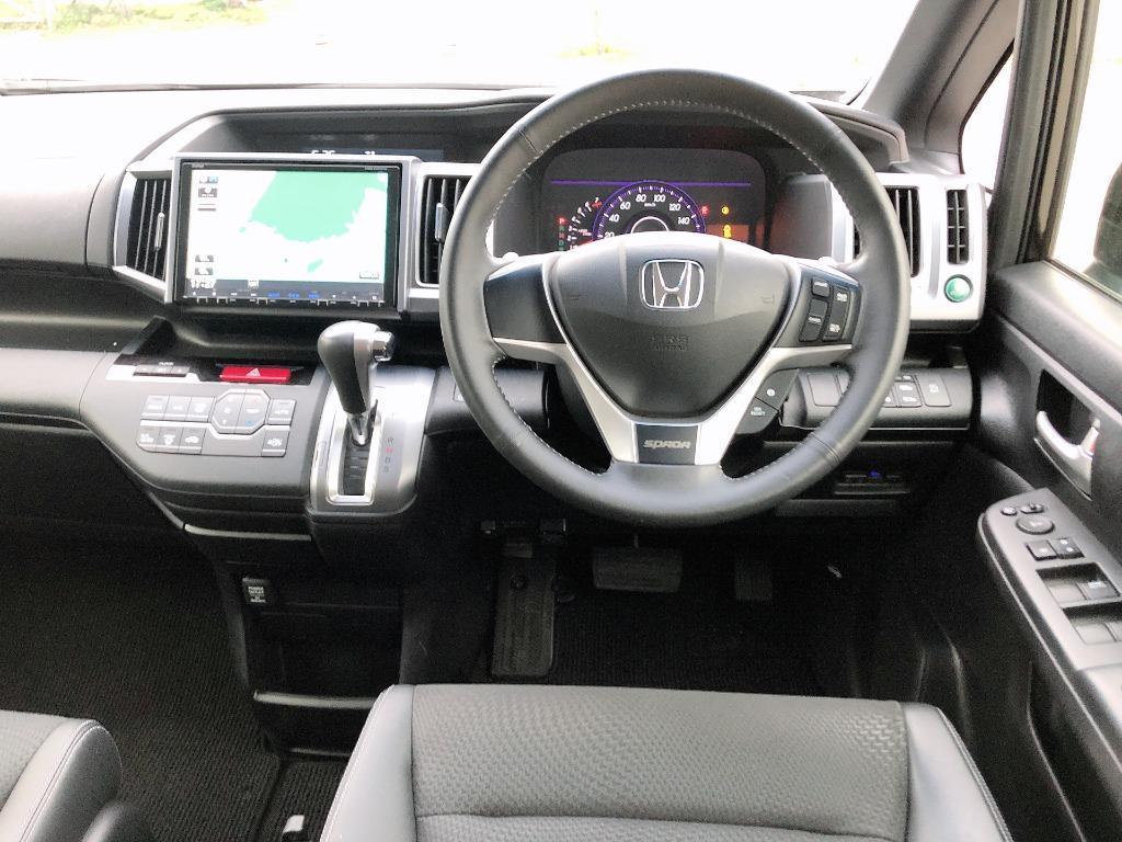 Honda    STEPWGN SPADA COOL RK5 2.0   2014 Auto