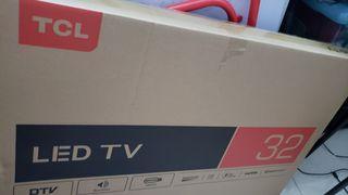 賣全新TCL LEDTV 32D3000B ,只開過盒,尺寸不合故特價放售