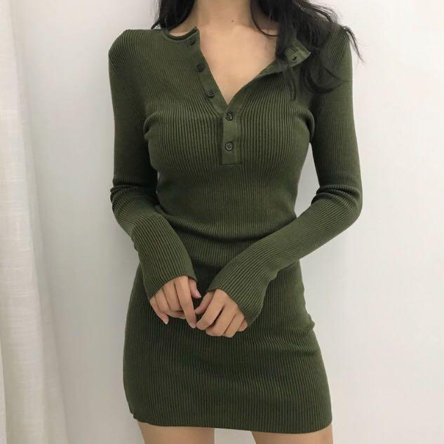 🔥Army green long sleeve buttoned mini bodycon knit sweater dress