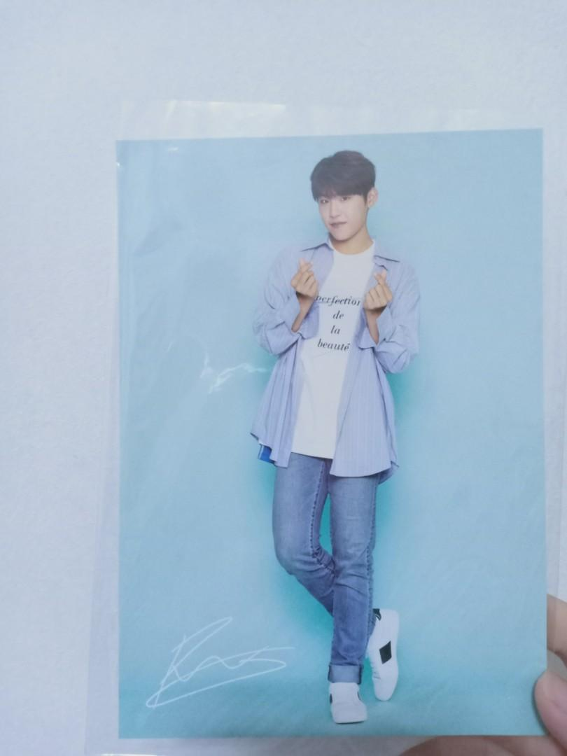 PARK WOO JIN OFFICIAL POSTCARD WANNA ONE POPUP STORE