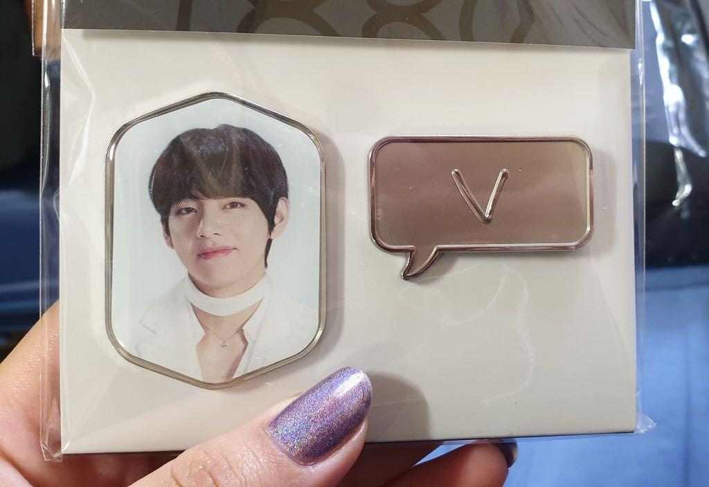 [SECURED ITEM ON 1ST PREORDER] BTS TAEHYUNG BADGE SET