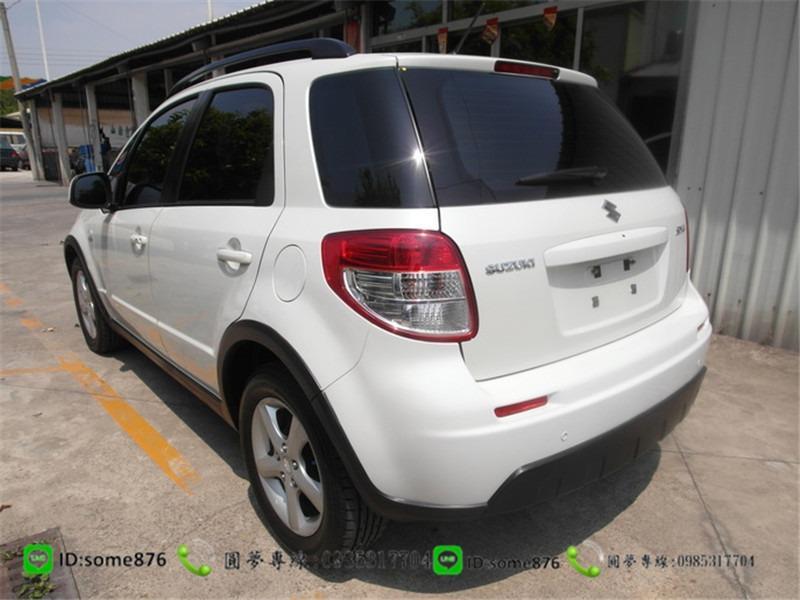 鈴木 SX4 1.6CC 白色