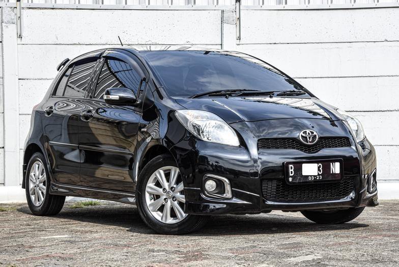Toyota Yaris S Limited Facelift 1.5 AT 2012 Bergaransi Bisa Kredit