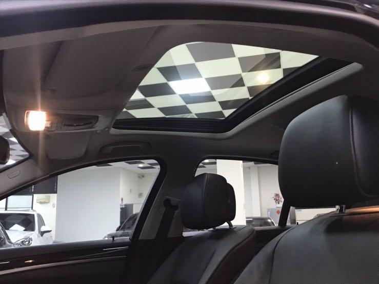 #528i 2012-3年 總代理 BMW