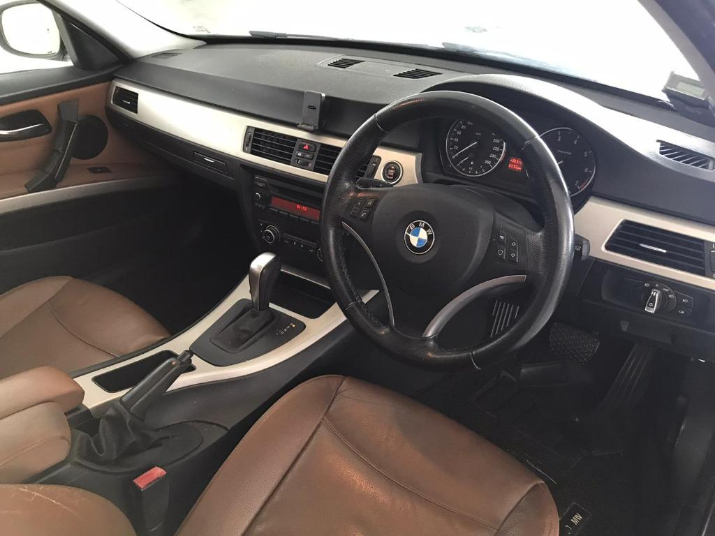 BMW320I CIRCUIT BREAKER PERIOD ONLY!! GRAB A CAR NOW TO ENJOY THE LOWEST RENTAL! $500 DEPOSIT DRIVEAWAY! WHATSAPP 8188 8616 FOR MORE INFO!