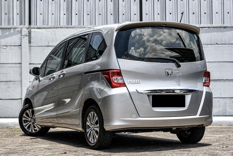 Honda Freed S New Model 1.5 AT 2012 Bergaransi Bisa Kredit