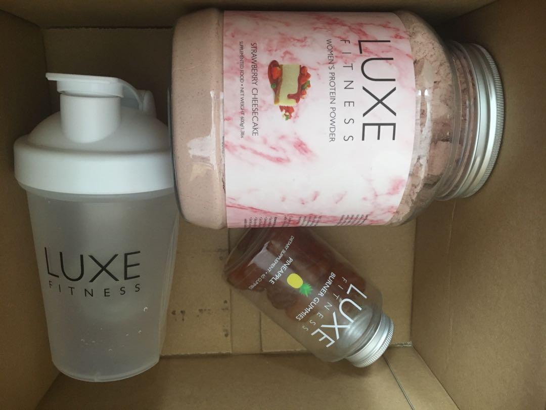 Luxe fitness Burner Gummies + Protein powder + shaker