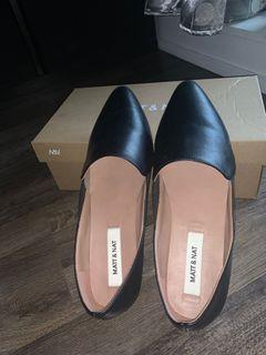 Matt & nat sandals