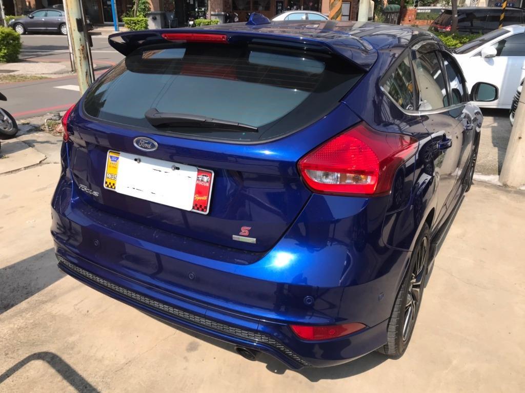 福特 2016 藍色 FOCUS 1.5 頂