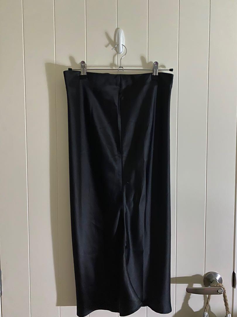 FashionNova Satin Skirt Set