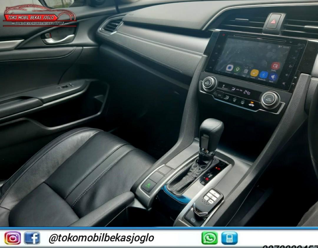 Honda CIVIC 1.5 Prestige Turbo 2016 Putih,Kredit 320jt & Cash 355jt.Kredit 320jt & Cash 355jt