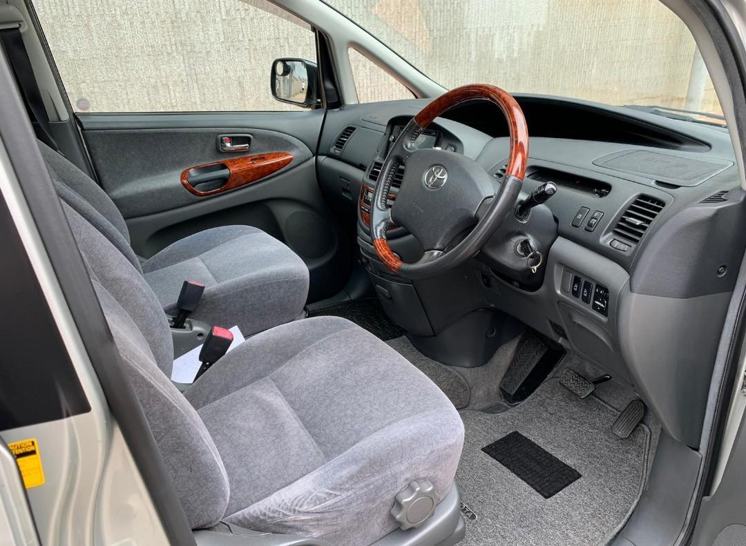 Toyota 2005 Previa GL 2005 Previa GL Auto