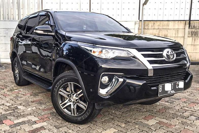 Toyota Fortuner G 2.4 Diesel AT 2016 Bergaransi Bisa KreditBergaransi Bisa Kredit