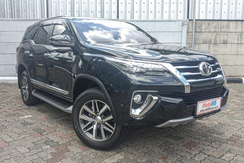 Toyota Fortuner VRZ 2.4 Diesel AT 2018 Bergaransi Bisa Kredit