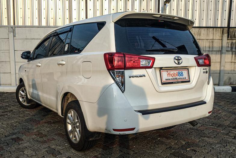 Toyota Innova V 2.0 Bensin AT 2018 Bergaransi Bisa Kredit