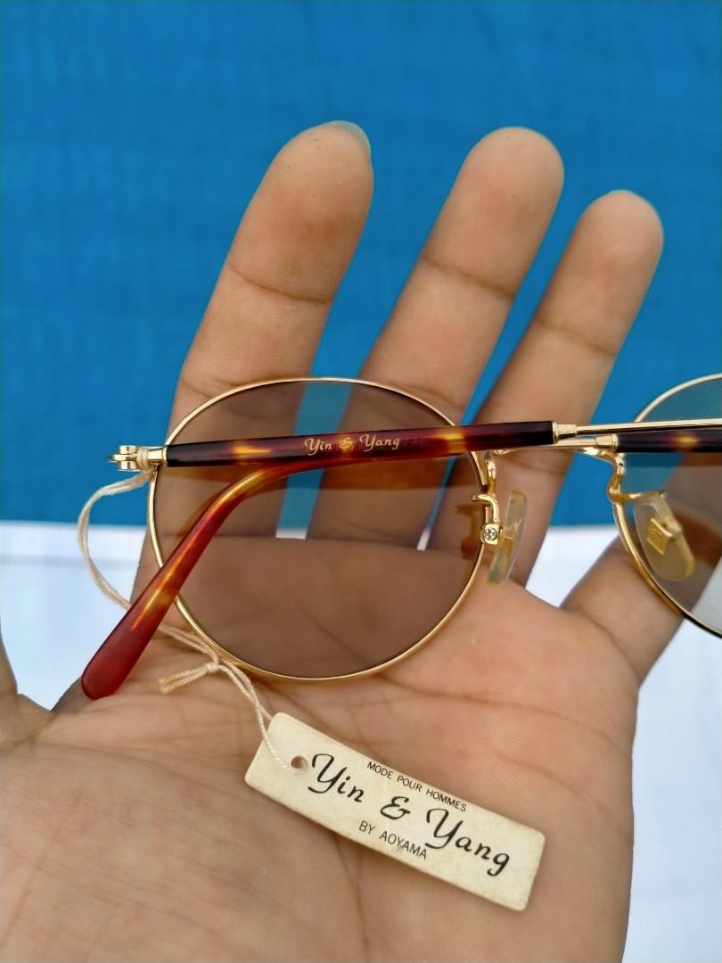 Vintage Sunglasess 70s/John Lennon Vintage Sunglasses Brand: Yin & Yang Original made in Japan