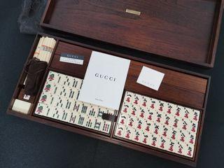 全新Gucci麻雀 低於原價出售 GG Monogram(每隻麻雀刻上gucci字樣,連 monogram布袋及木皮革盒)