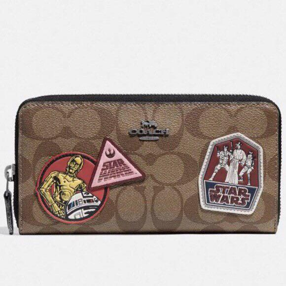 Authentic star wars x coach accordion zip Wallet in signature canvas with patches