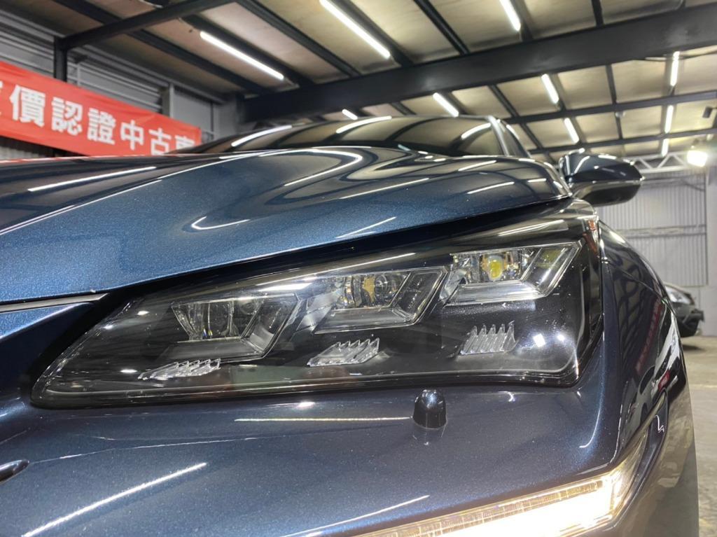 正2015年 Lexus NX300h 2.5升 全景天窗旗艦版,原廠特仕版鑽石寶藍色