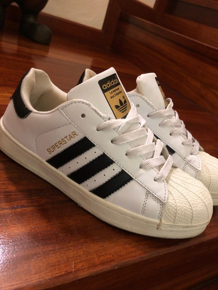 Triatleta cafetería darse cuenta  Adidas Superstar Replica, Men's Fashion, Footwear, Sneakers on Carousell