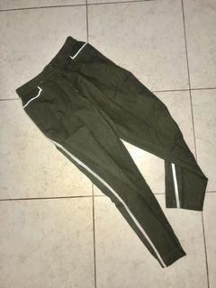 Army list pants