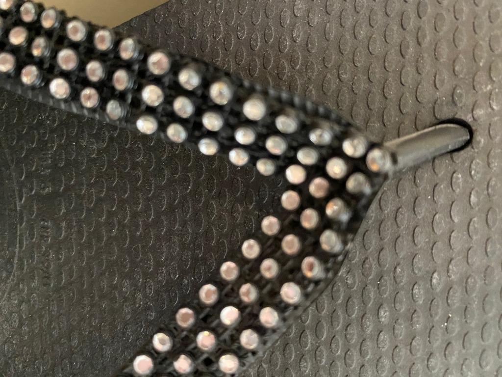 Brand New Authentic Havaianas sandals with Swarovski crystals (size 6 Women)